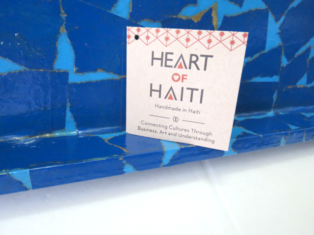 gifts-that-give-back-heart-haiti2