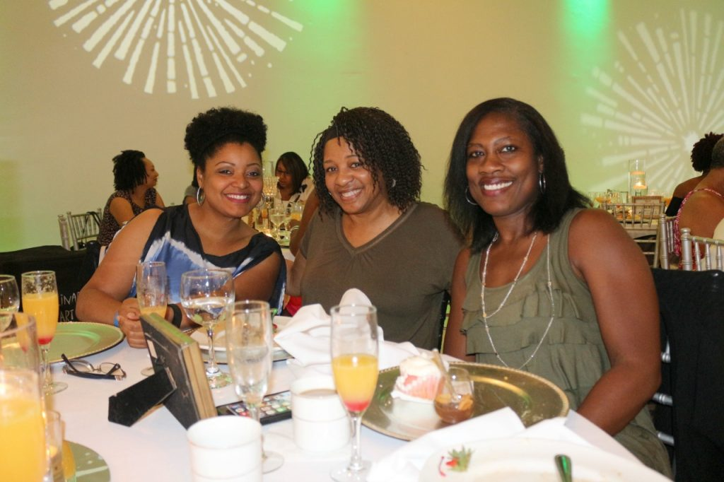 team-natural-dallas-curlfriends-brunch-veepeejay2