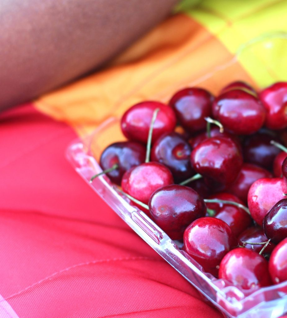 summer-cheeries-for-picnics-veepeejay
